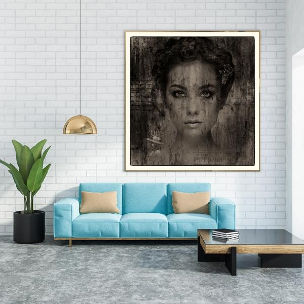 EASY LOVER  black & white